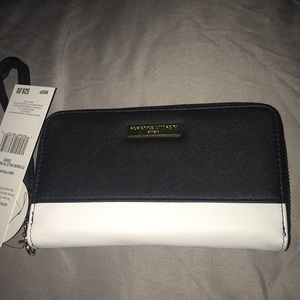 Adrienne Vittadini color block zip around wallet